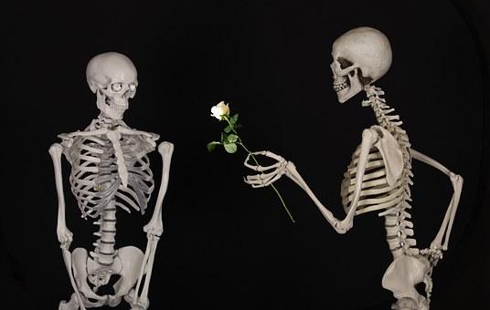 Jak bardzo złe jest dawanie miłości? Dręczą Cię trudności w związku?